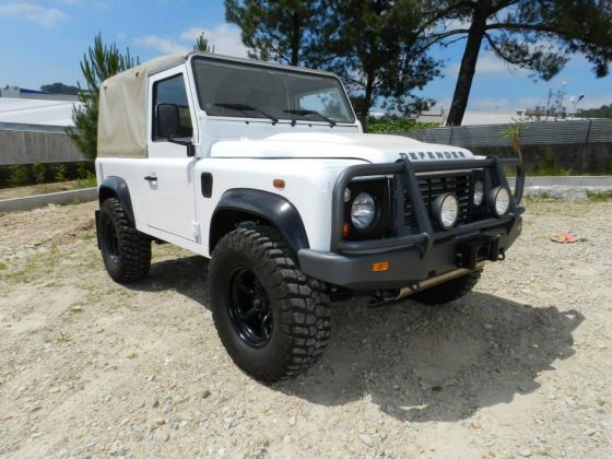 LAND ROVER DEFENDER FULL BULLBAR TheUTEShop Products