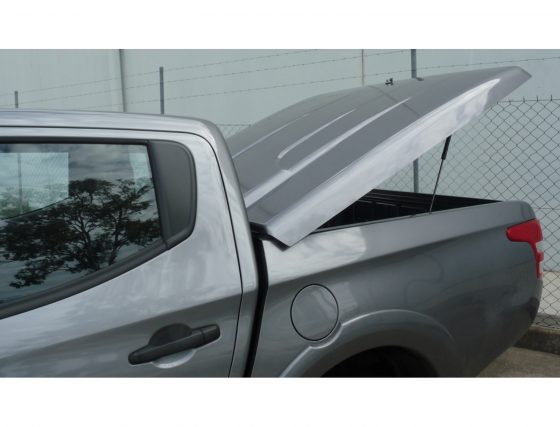 EGR Manual Locking Hard Lid – Mitsubishi Dual Cab MQ Triton TheUTEShop Products
