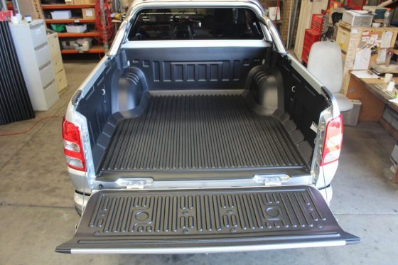 UNDER RAIL UTE LINERS NISSAN D40 NAVARA STX TheUTEShop Products