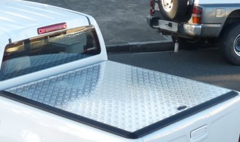 Isuzu Ute D-Max Dual Cab Load Shield - SILVER TheUTEShop Products
